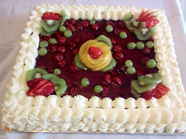 Торт Бисквитно — кремовый. Праздничный.