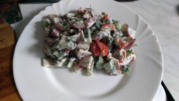 Салат свежий огород острый