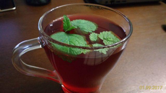 Напиток черно-смородиновый с яблоком