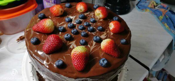 Торт шоколадный с сырным кремом